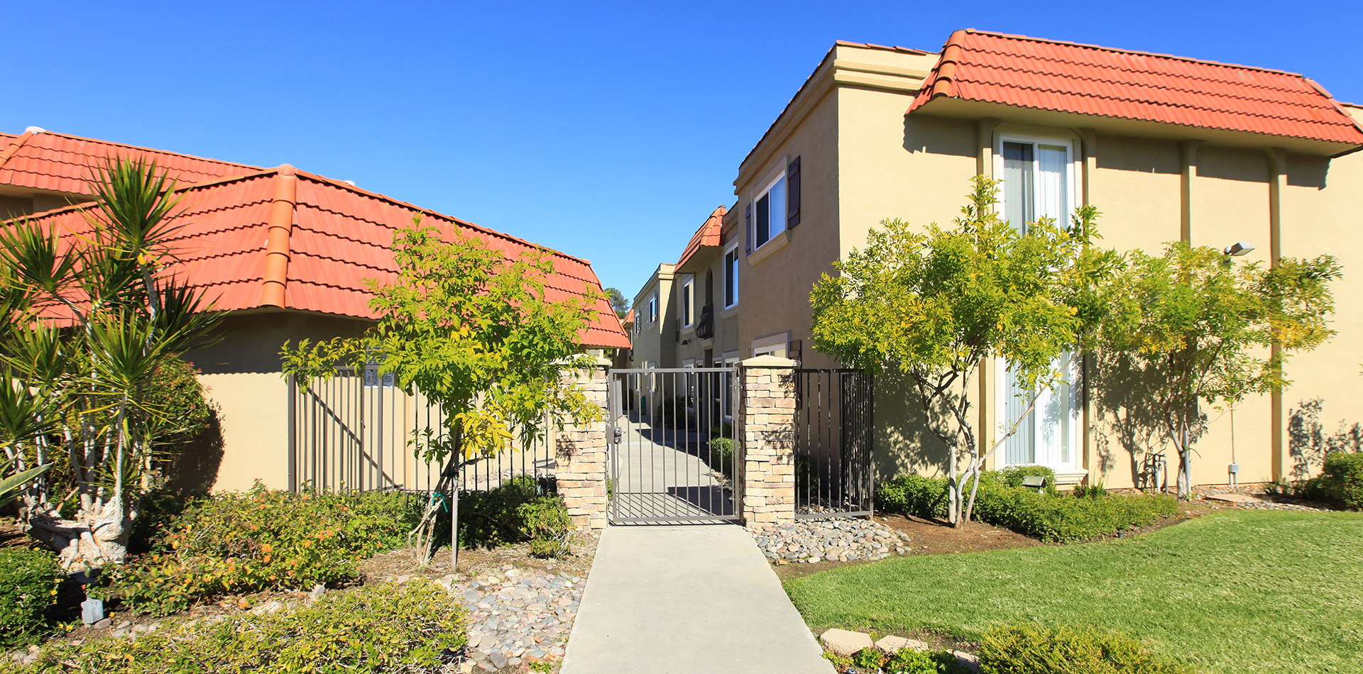 crestview apartments apartment homes in la mesa ca